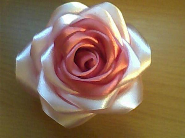 как сделать розу из ленты - Сумки.