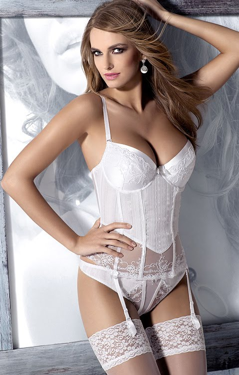 f589ae002 EmLingerie - Fashion   Lingerie Blog  August 2010