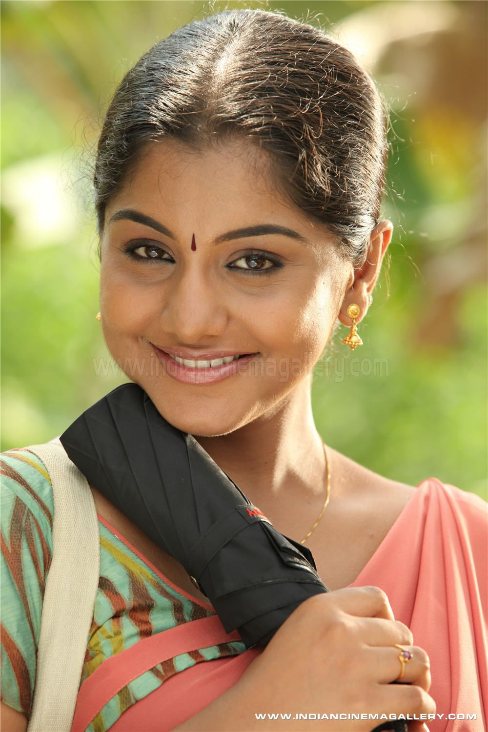 Pictures of meera nandan Cached