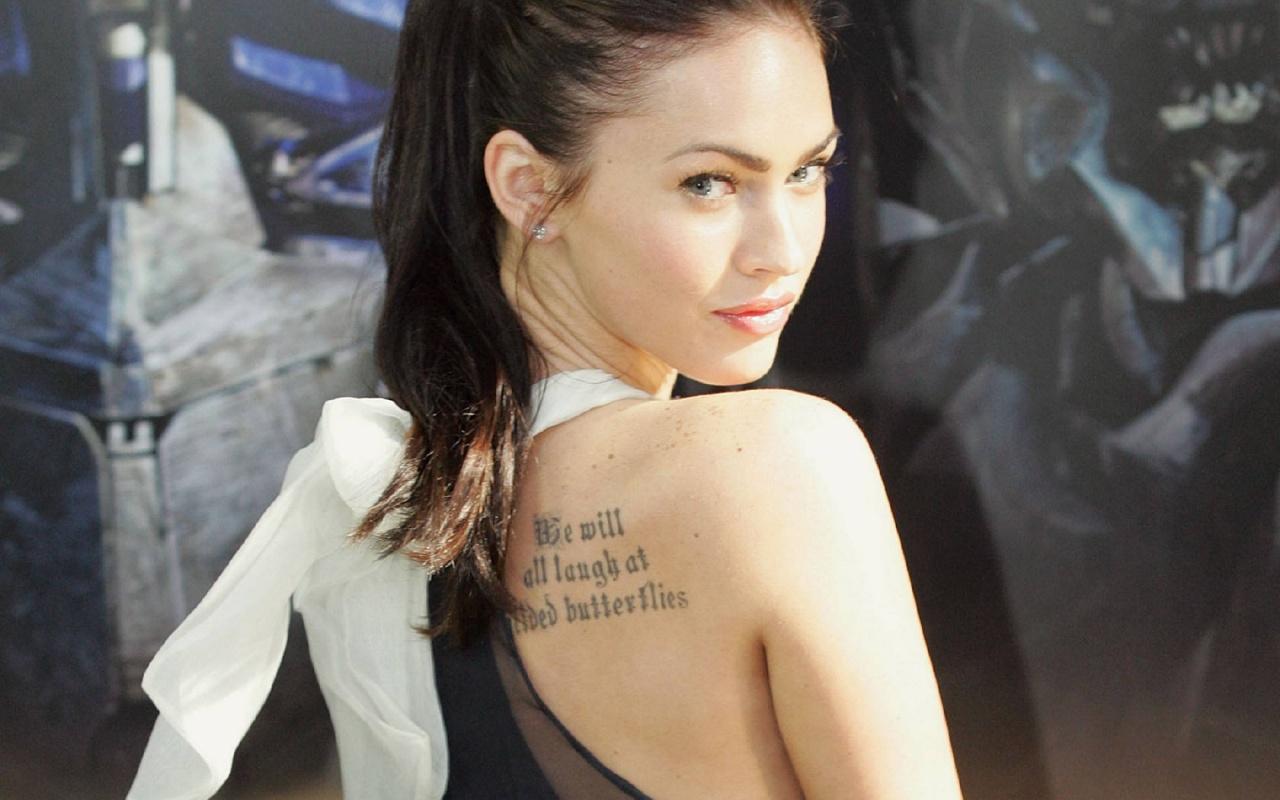 http://1.bp.blogspot.com/_3_-A45YgzHc/TP8CXxQI8wI/AAAAAAAAAJ0/dqc14fbU62w/s1600/megan-fox-tattoo-1280x800.jpg