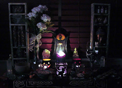 halloween candle lantern wallpaper