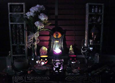 halloween candle lantern wallpaper