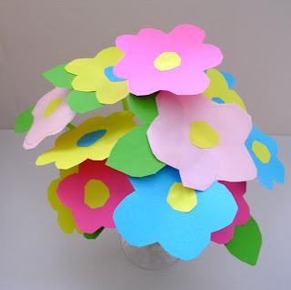 beboun bricolage bouquet de fleurs r aliser d s 3 ans. Black Bedroom Furniture Sets. Home Design Ideas