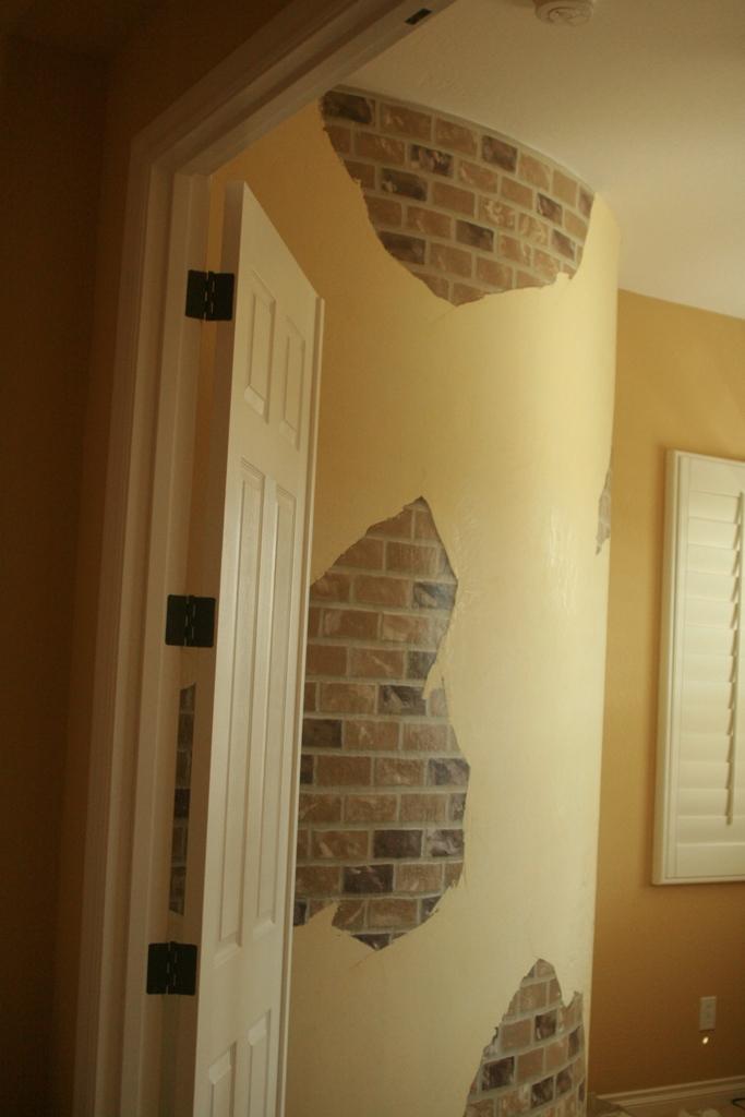 the blueberry vine venetian plaster faux brick. Black Bedroom Furniture Sets. Home Design Ideas