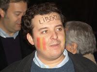 Apoyando con hechos: Alejo Miranda de Nuevas Generaciones del PP durante la manifestación en Madrid