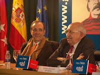Carlos A. Montaner y Plinio Apuleyo Mendoza durante la presentación del libro de Rangel en Madrid