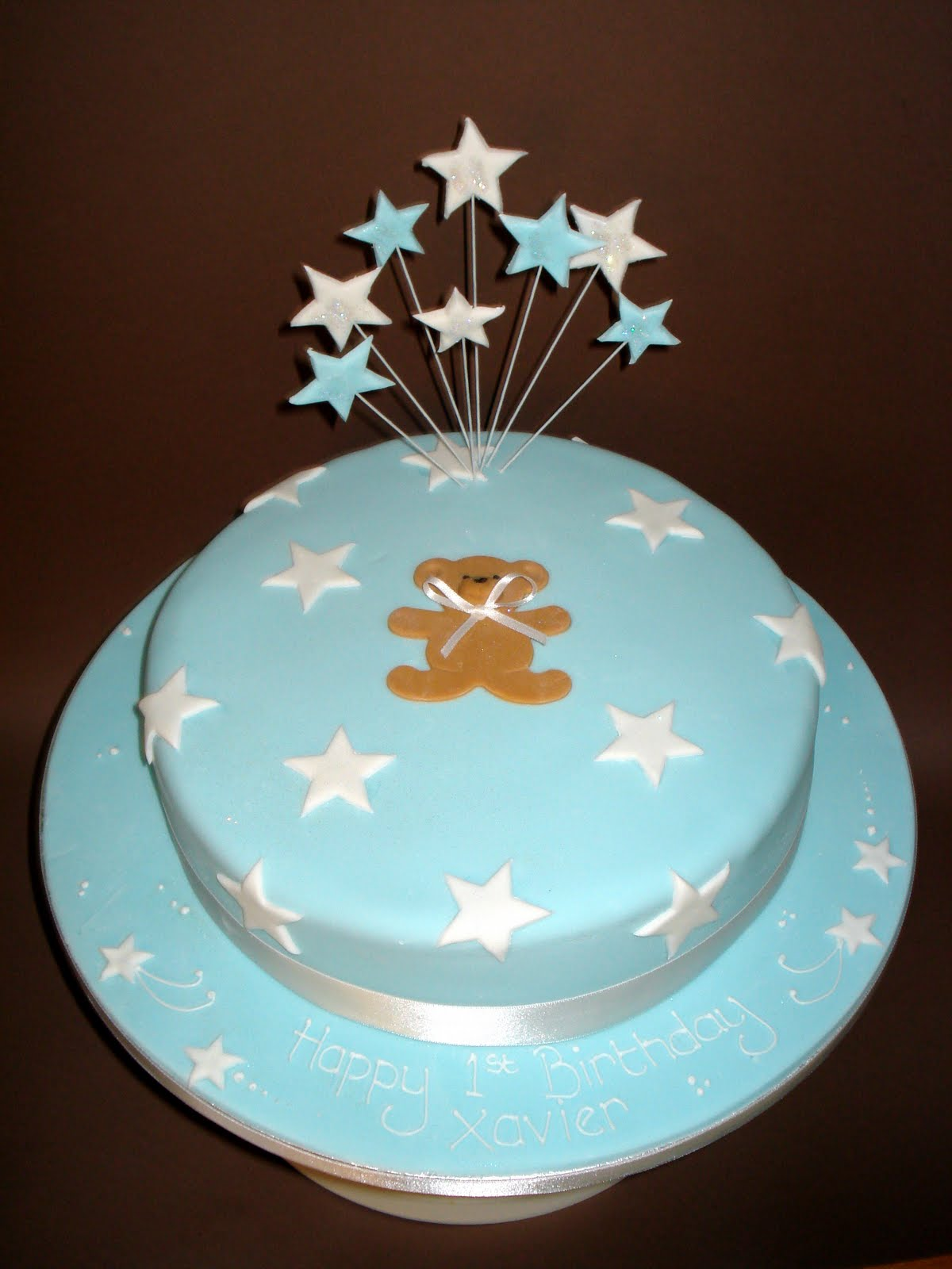 Custom Cake Designs Uk : Custom Cake Design: Teddy and Stars cake