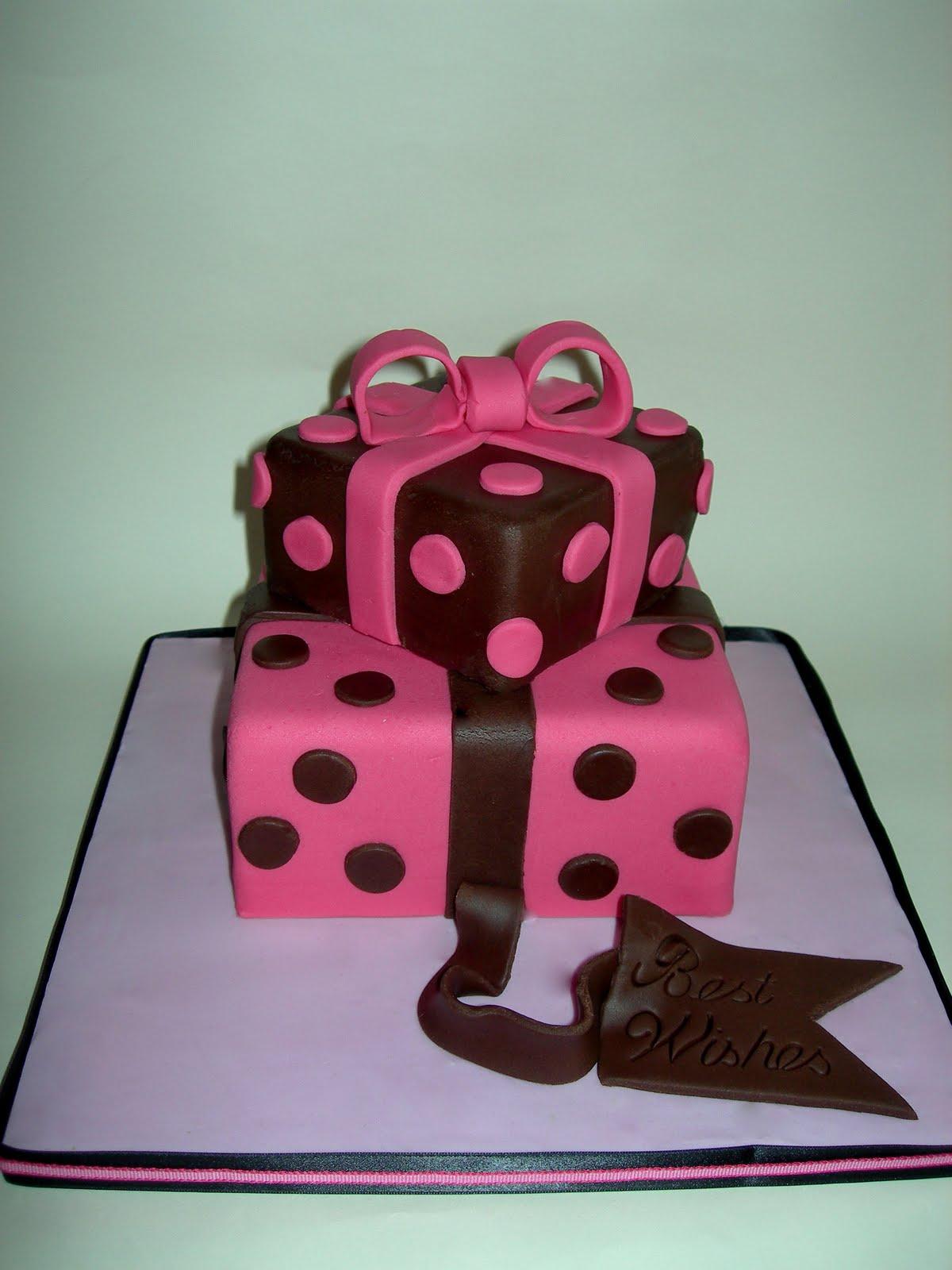 Custom Cake Designs Uk : Custom Cake Design: Present cake