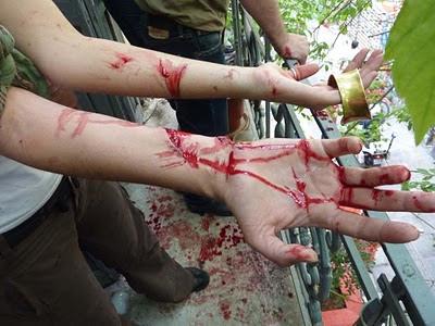 Σταχυολογούμε από τις Σταχυολογήσεις φωτογραφίες της προχτεσινής διαδήλωσης P1060738hj4tmhcba680