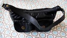 Lille sort taske