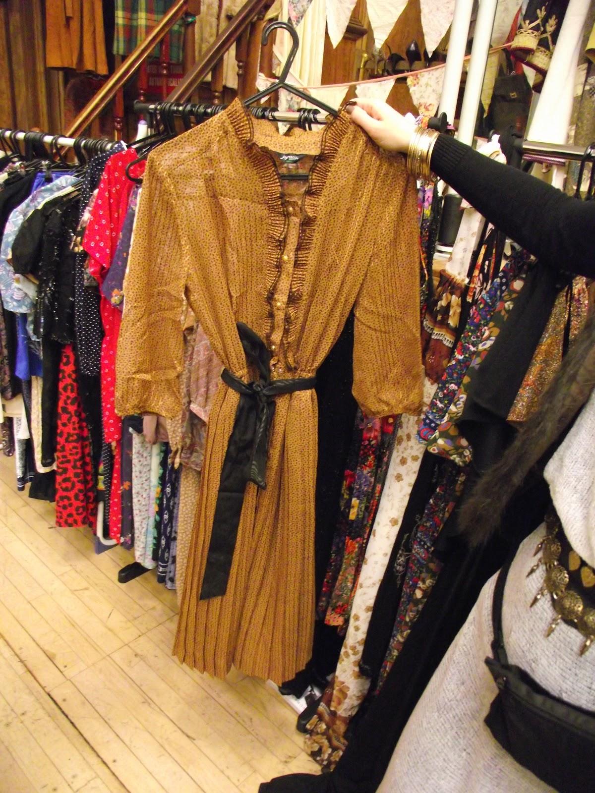 Hammersmith vintage fashion fair 43