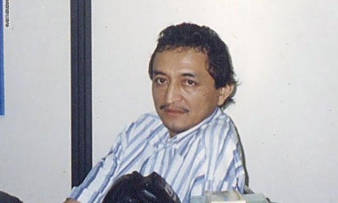 1.Foto do Luiz. Departamento de Filosofia.