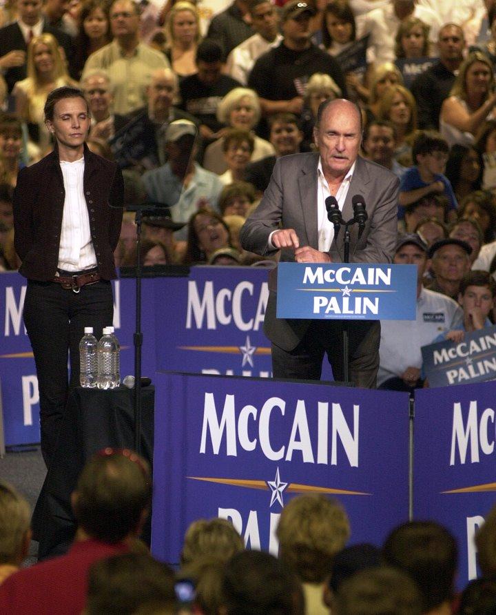 [McCain-Palin-Duvall_3930w.jpg]