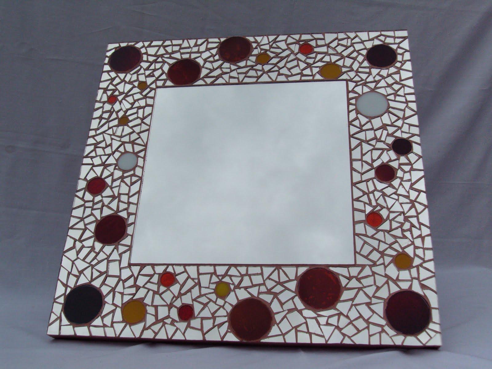espejo en tcnica de mosaico diseo crculos rojos naranjas amarillos y blancos