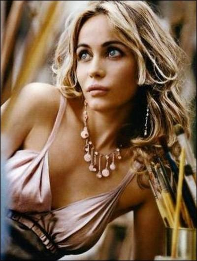 Emmanuelle Beart Interview 2009 pic
