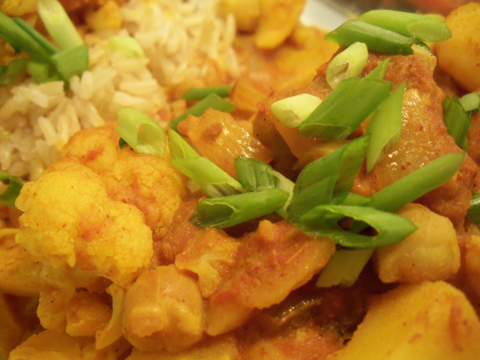 Cauliflower, Chickpea and Potato Curry with Brown Basmati Rice