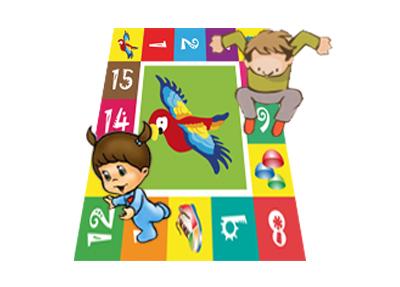 Dos niñ@s jugando sobre una alfombra de números
