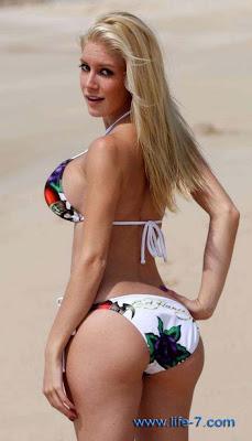 heidi montag nude beach