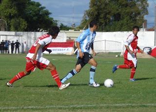 Luís Alvez sería titular