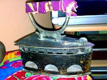 Seterika Arang Tembaga Antik