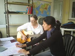 Español a través de nuestra música...