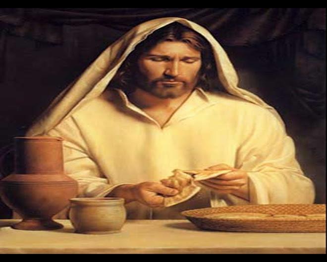 Jesus Christo,para os que creem,é vida depois da morte do corpo,o novo nascimento.