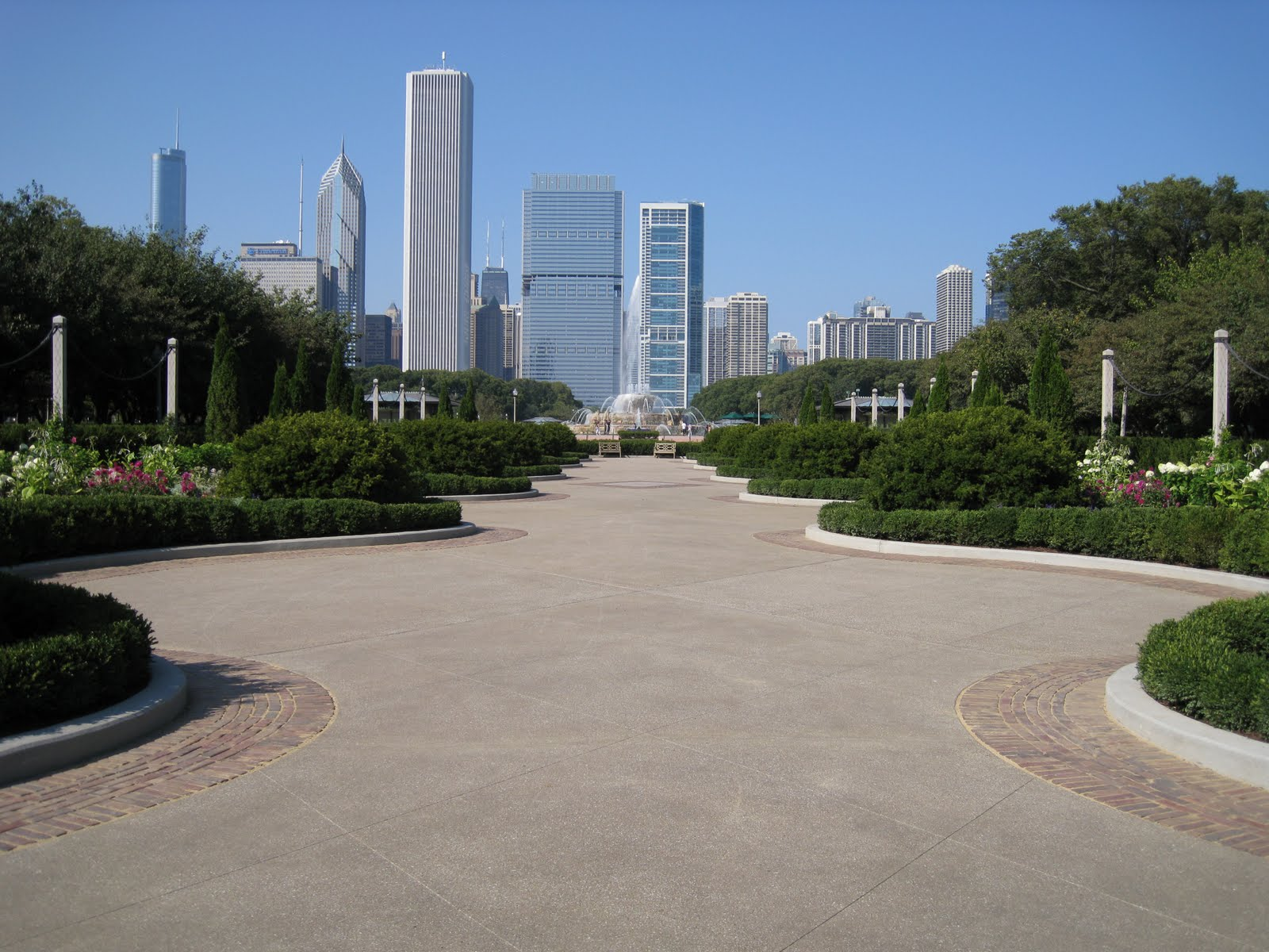 tiffanygarden2.jpg