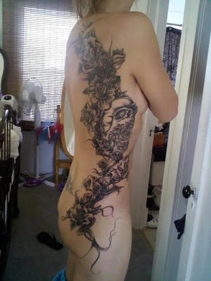 Skull Tattoo_Roses Tattoo_design_girl