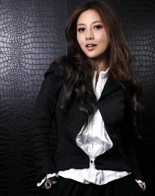 最美CEO胡敏珊