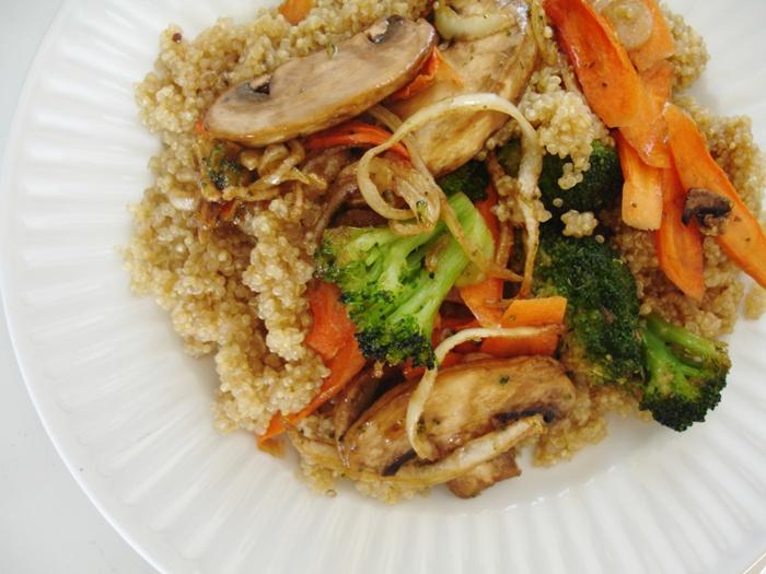 dinner+quinoa+with+vegetables+high+raw+vegan+recipe+1.jpg