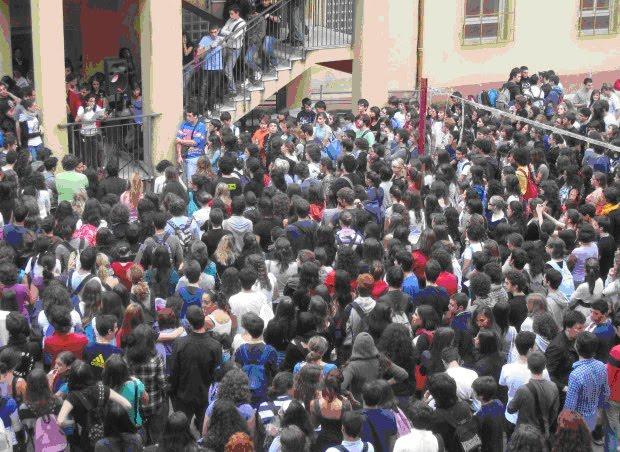 Proletari comunisti pc quotidiano 11 ottobre palermo for Liceo umberto palermo
