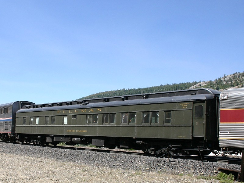 Private rail cars great value private rail car journey for Railroad motor cars for sale