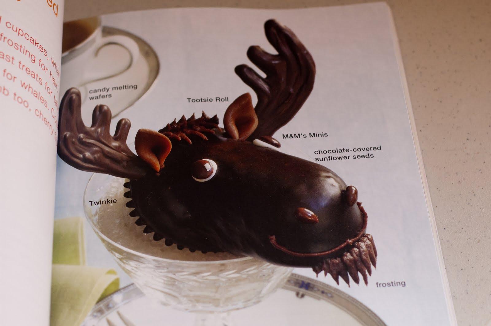 Moose Cupcakes http://butterpluscream.blogspot.com/2010/04/hello ...