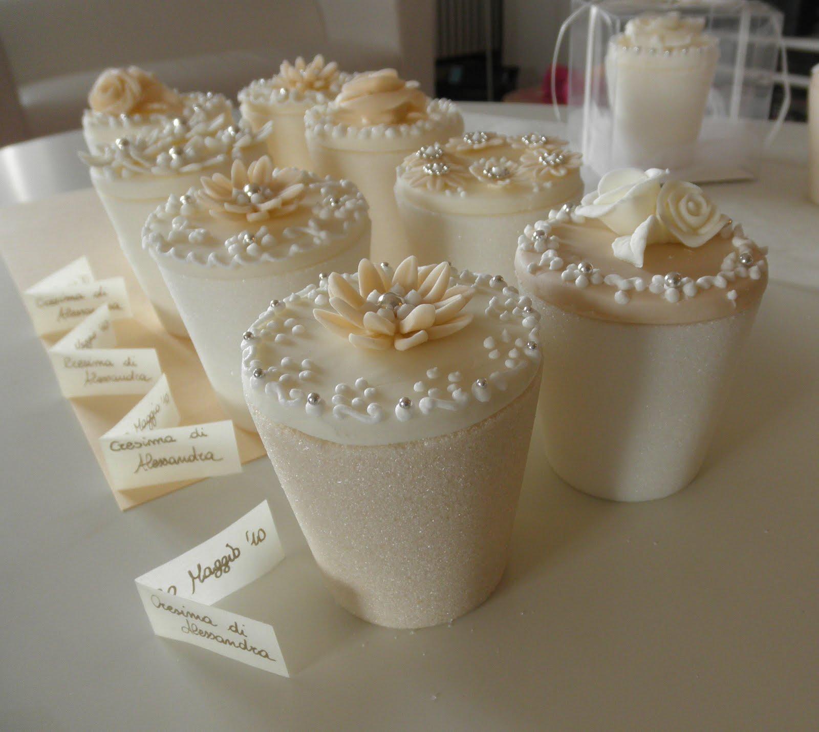 Torte design le bomboniere per la cresima di alessandra - Decorazioni per cresima ...