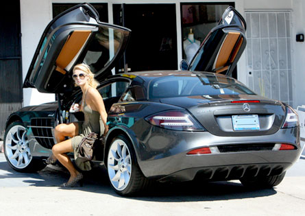 Paris Hilton Mercedes