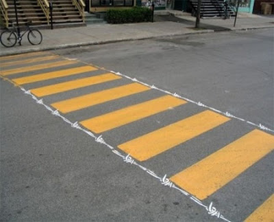 M xico para los mexicanos arte urbano peatonal for Como fijar un inodoro al piso
