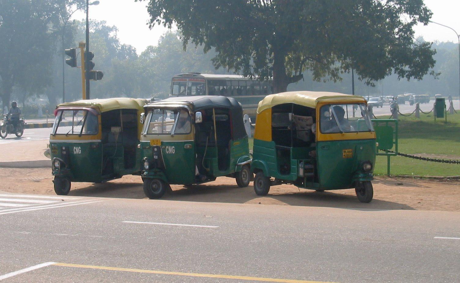 http://1.bp.blogspot.com/_3uYZ17vGEdA/S-BIGoyIWeI/AAAAAAAAAVQ/S65NgHI1ug0/s1600/autorickshaw.JPG