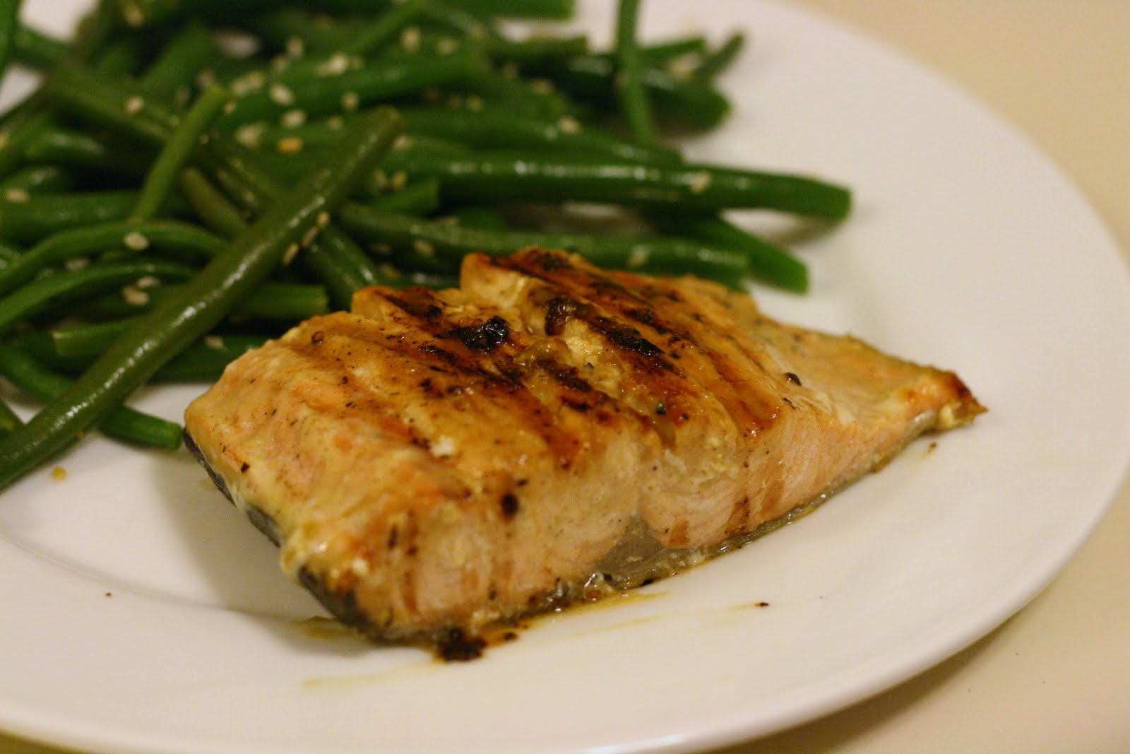 Laine's Recipe Box: Grilled Glazed Salmon