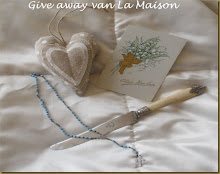 GIVEAWAY ON VAN LA MAISON