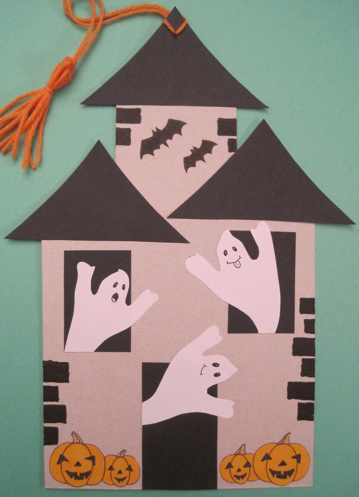 Manumanie kids ad halloween cartonaggio fantasioso for Case da costruire