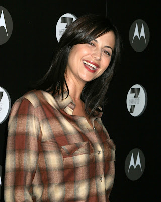 Catherine Bell Motorola 7th Holiday ...