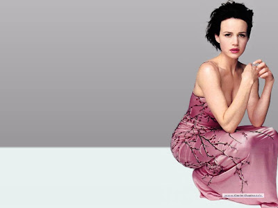 celebrity Carla Gugino in red dress cool wallpapers