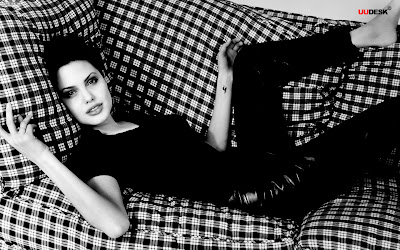 Angelina Jolie 1440x900 sexy photo