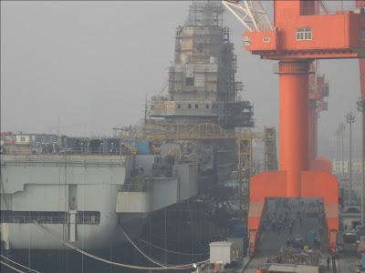 Китай впервые официально признал факт строительства национального авианосца