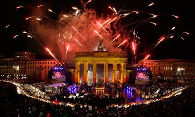 Festejos en la puerta de Brandenburgo por el 20 aniversario de la caída del Muro de Berlín