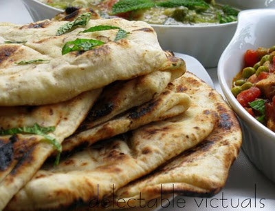 easy recipe Mint, Fennel and Garlic Naan indian