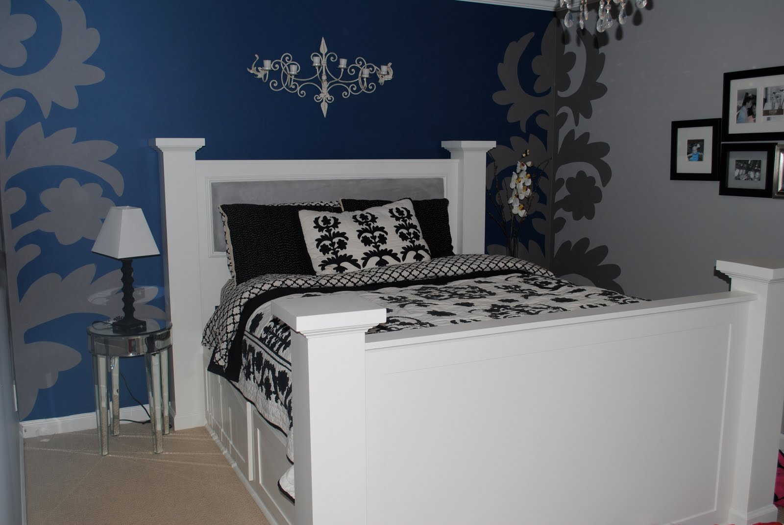dark blue bedroom walls via