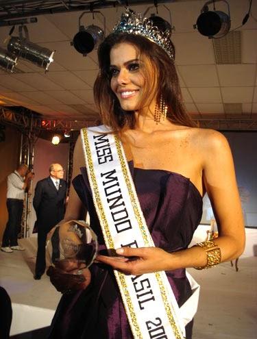 Miss Roraima Luciana de Souza Silvia Reis Wins Miss World