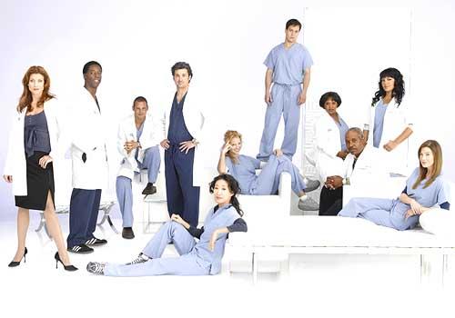 http://1.bp.blogspot.com/_4-Fkxds6MEY/SxXIk7tu0jI/AAAAAAAADDk/xewkffDNY3A/s1600/s3_Greys-Anatomy-Cast.jpg