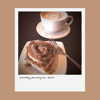 iPhone polaroid iphoneography cinnamon roll